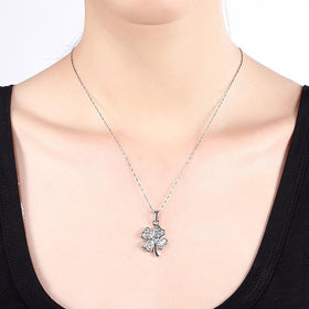 Bevellier Necklaces Mini Petite Clover Shape Necklace