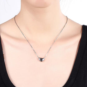 Bevellier Necklaces Simple Heart Necklace in 18K Gold Plated