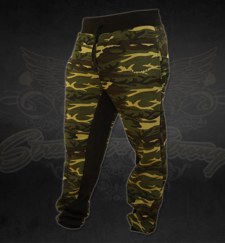 Men Camo Performance Jogger Pants
