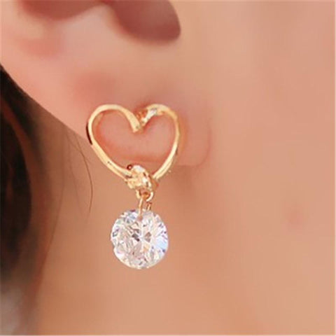 Simple love diamond stud earrings