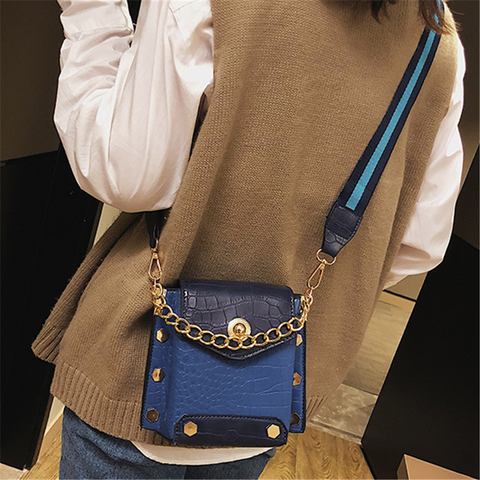 Fashion wild personality crossbody bag