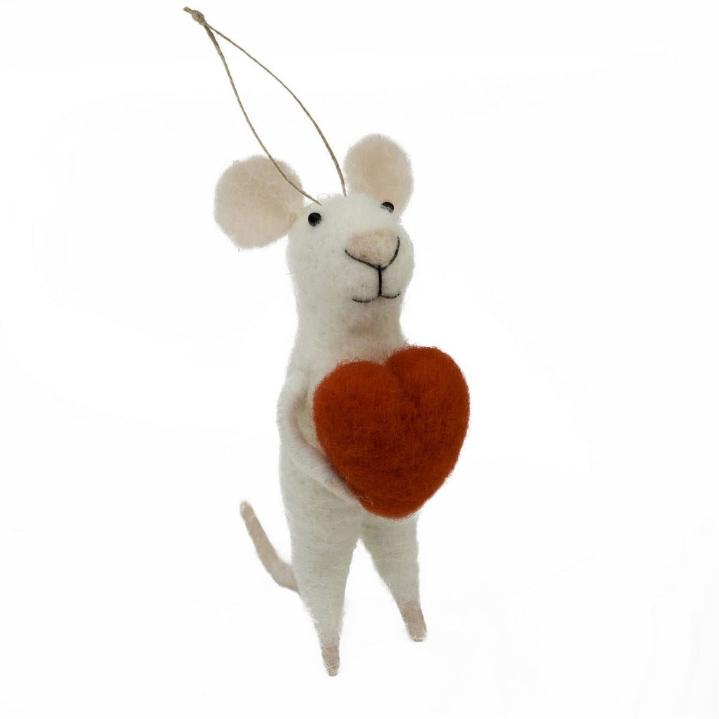 Mouse with Heart Ornamanet