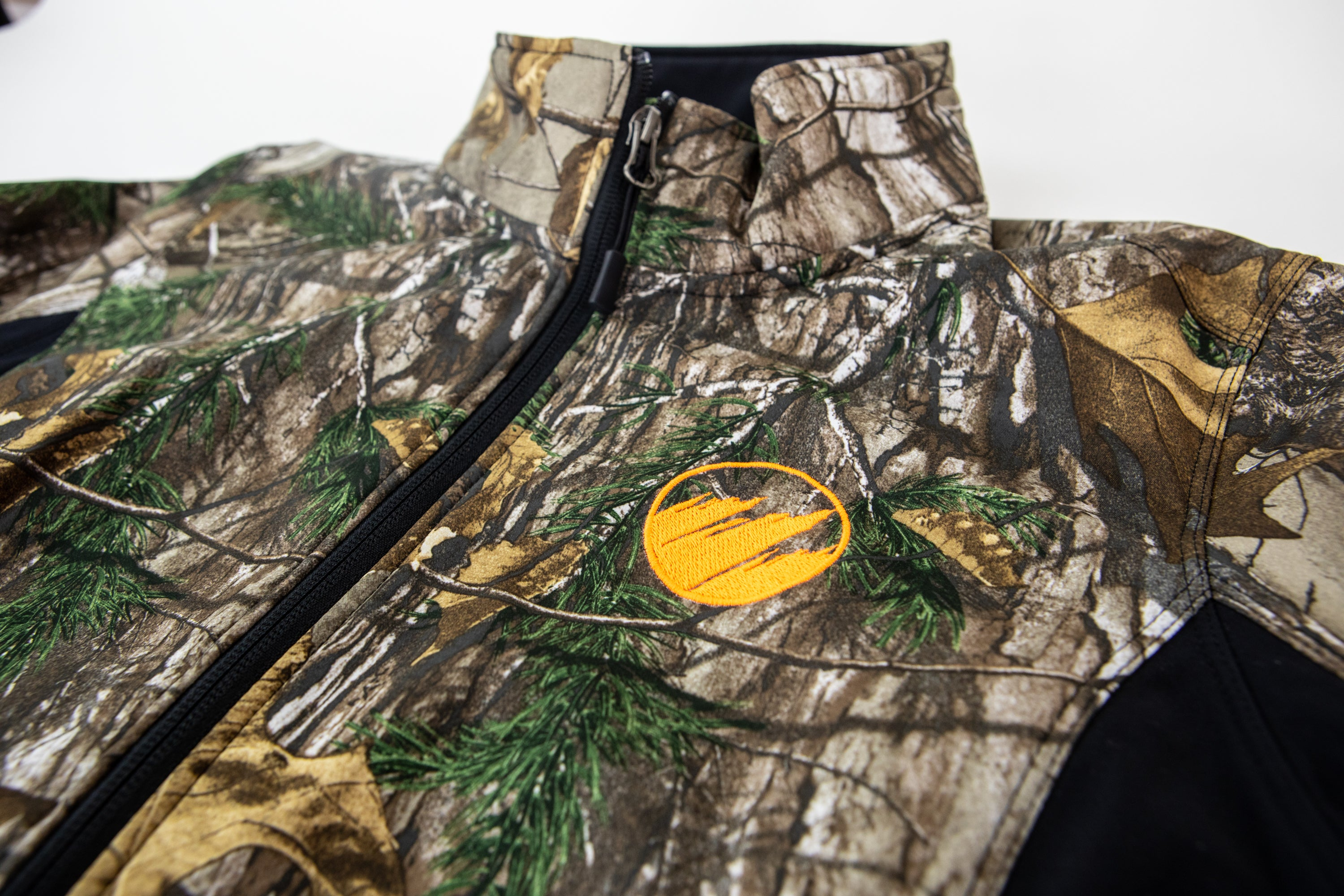 Women's Camo Soft Shell Jacket