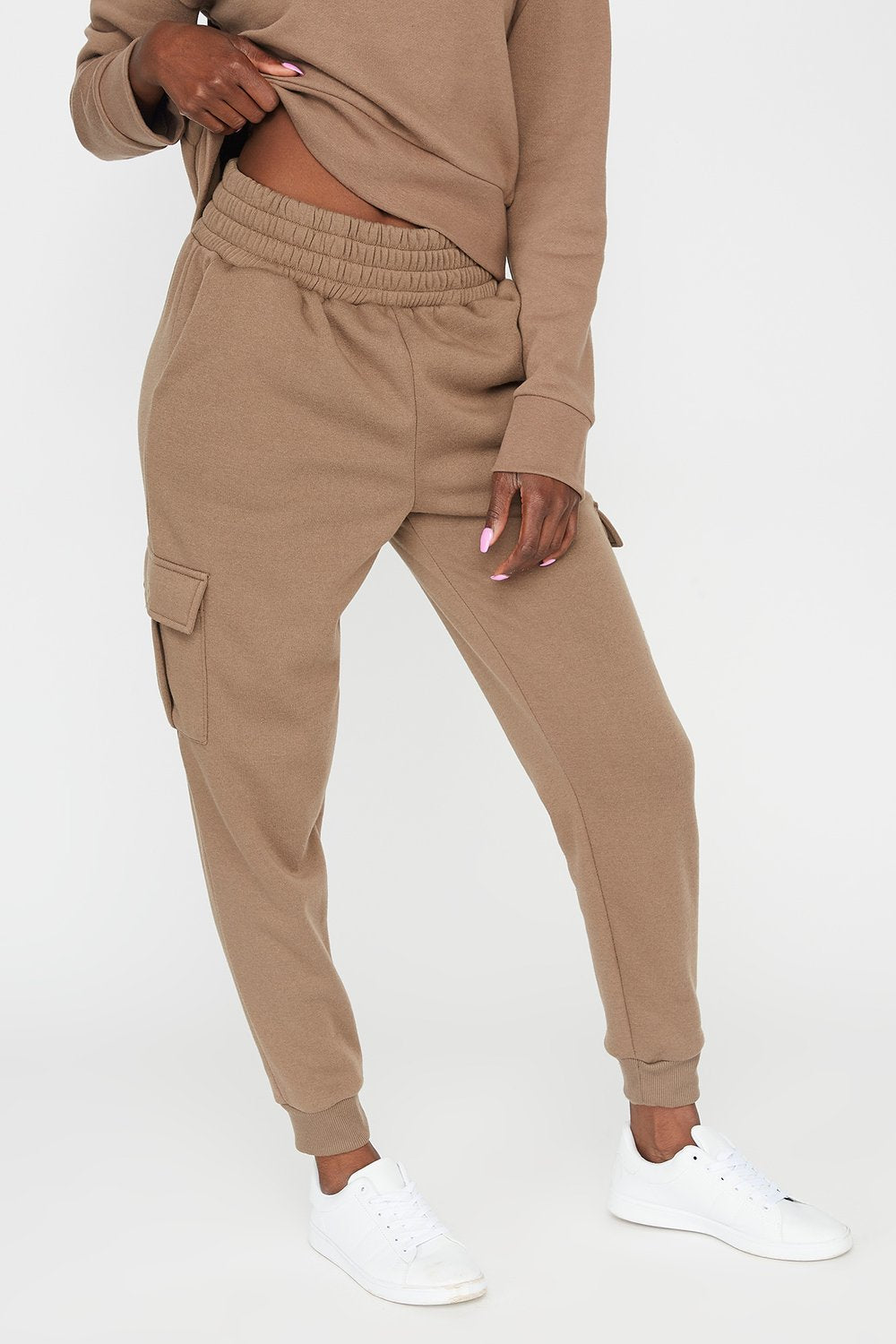 Fleece High-Rise Cargo Pocket Jogger Taupe