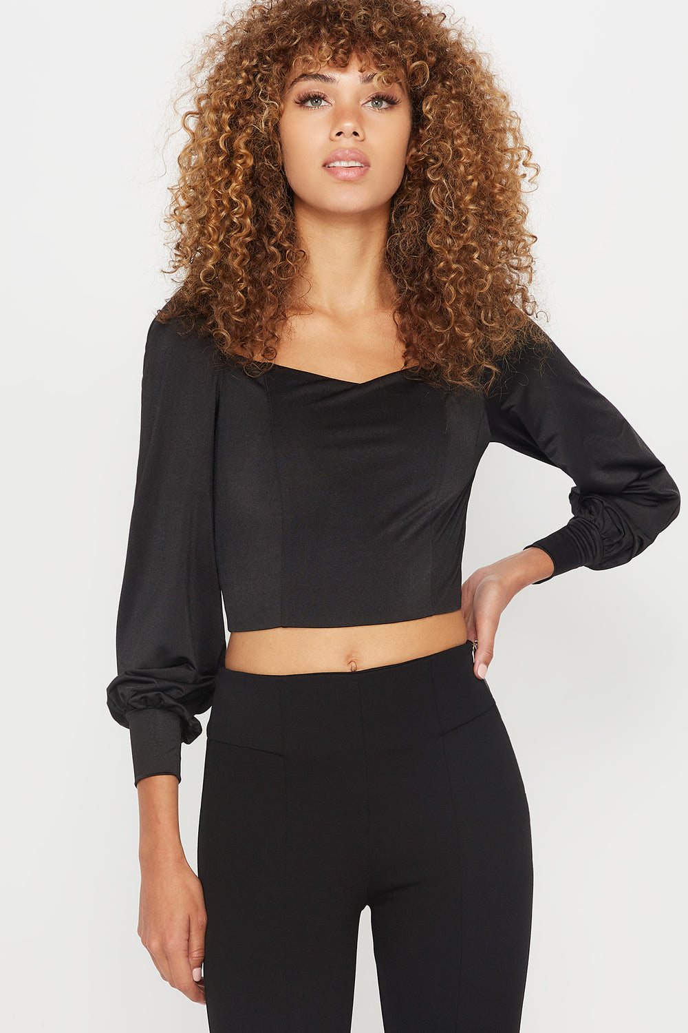 Sweetheart Neck Cropped Long Sleeve Top Black