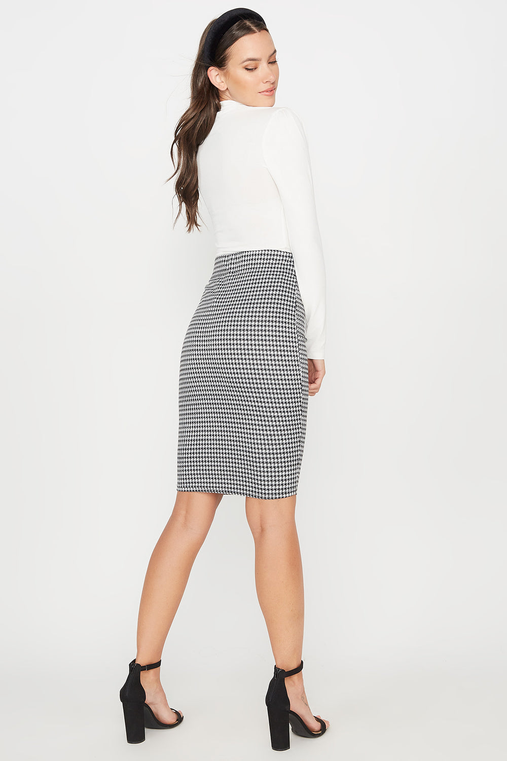 Pull-On Bodycon Midi Skirt Black with White