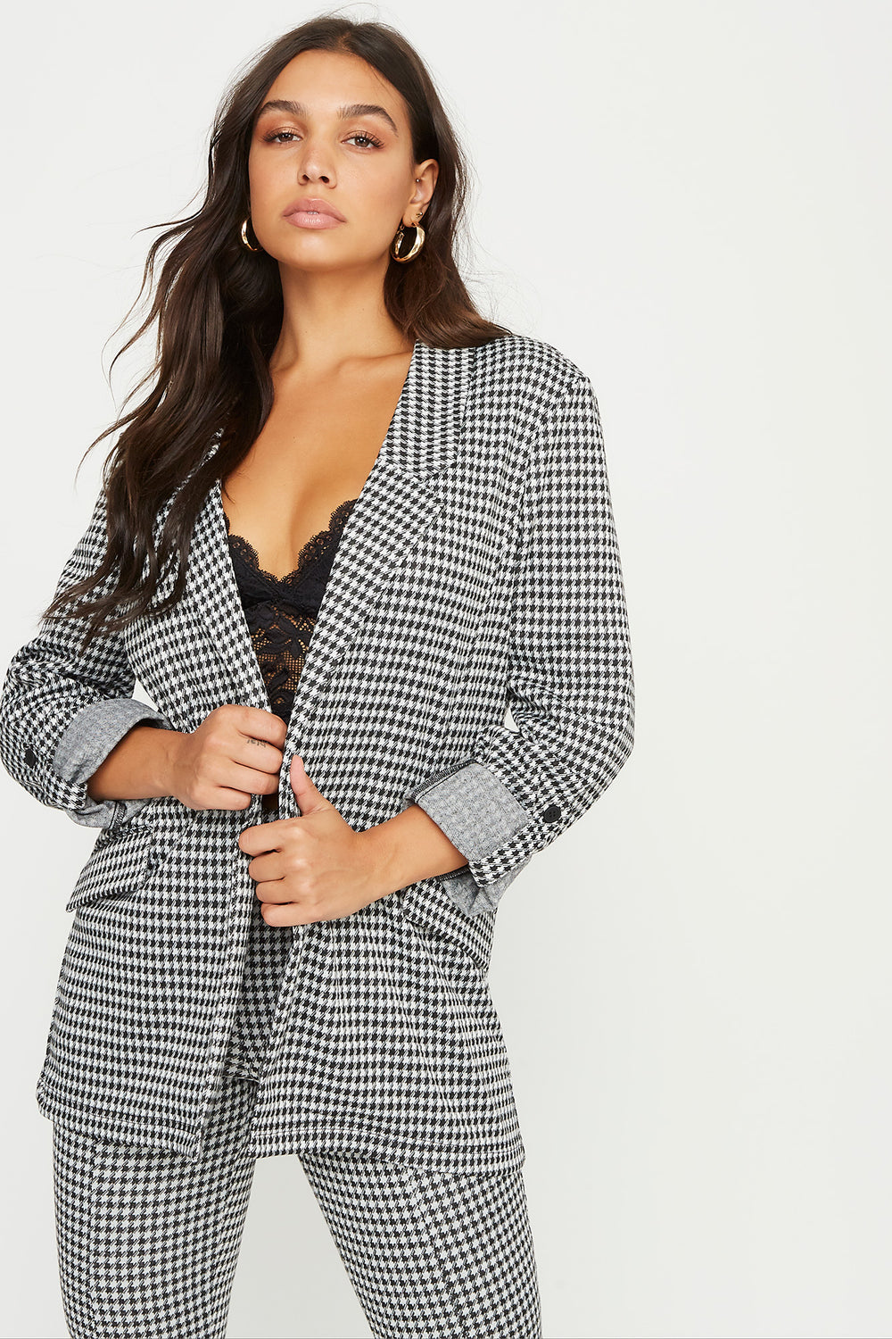 Open Front Roll-Tab Cuff Sleeve Boyfriend Blazer Black with White