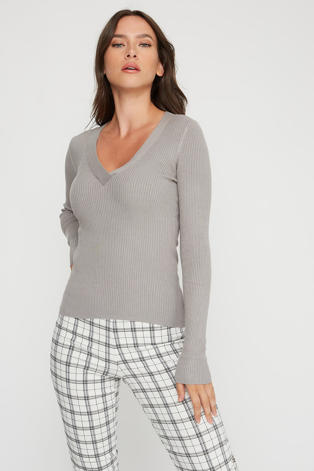 V-Neck Ribbed Knit Lightweight Sweater Heather Grey