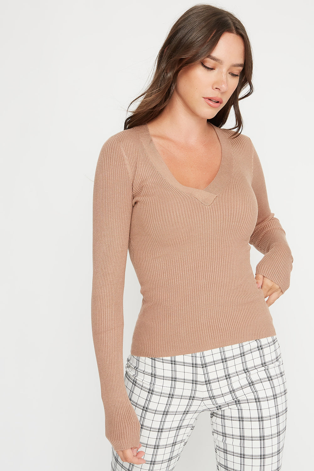 V-Neck Ribbed Knit Lightweight Sweater Brown
