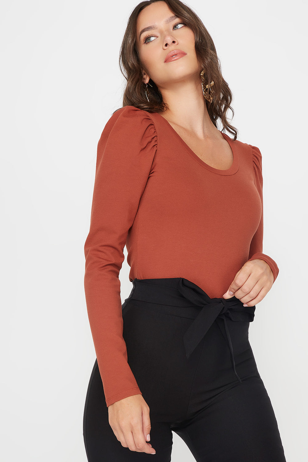 Scoop Neck Puff Long Sleeve Bodysuit Brown