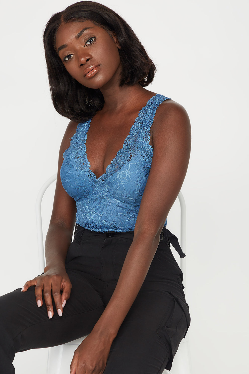 Lace V-Neck Scallop Hem Sleeveless Bodysuit Blue