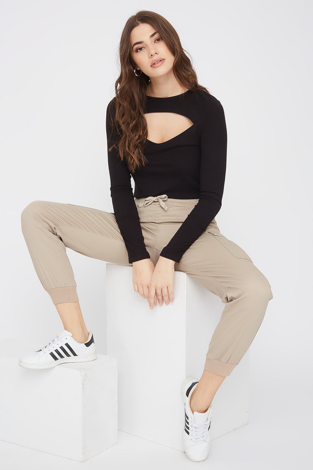 Solid Drawstring Cargo Jogger Taupe