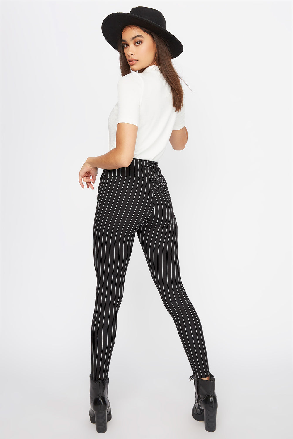 Printed Soft Zip Legging Black with White
