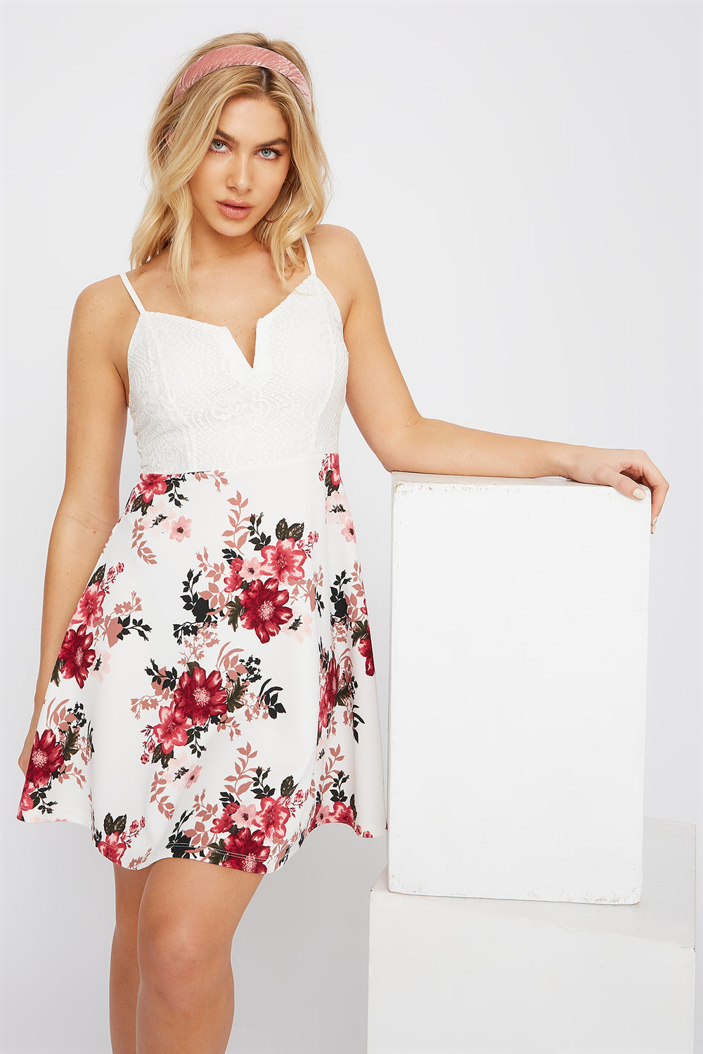 Contrast Lace Floral Skater Dress Ivory