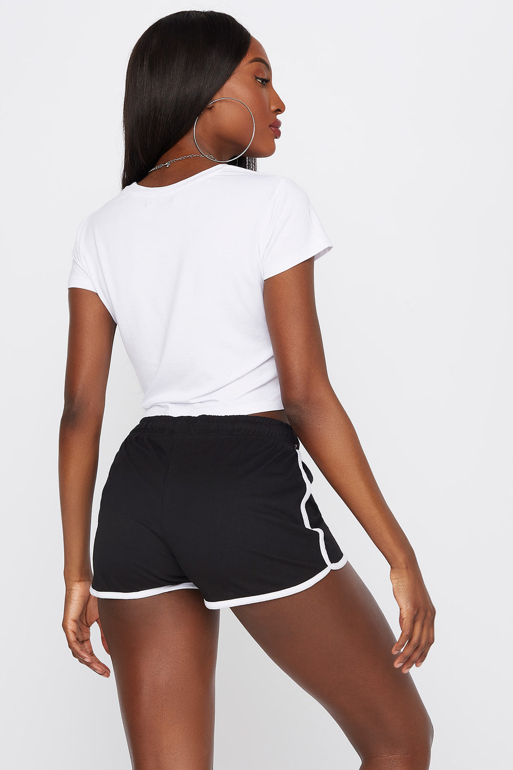 Soft High-Rise Drawstring Dolphin Hem Short Black