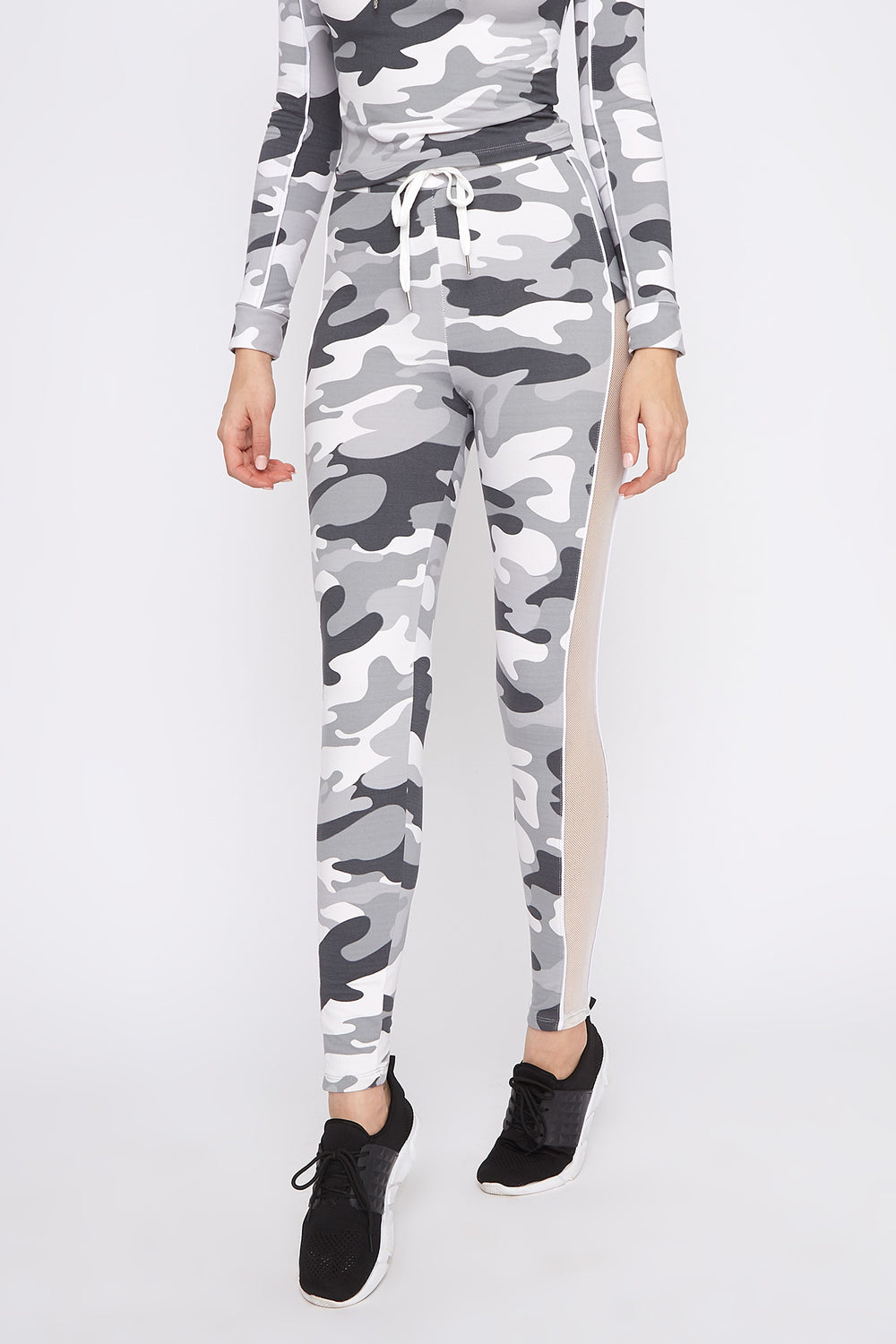Fleece Mesh Cut-Out Legging Camouflage
