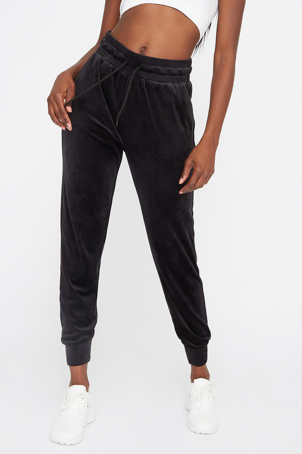 High-Rise Velour Jogger Black