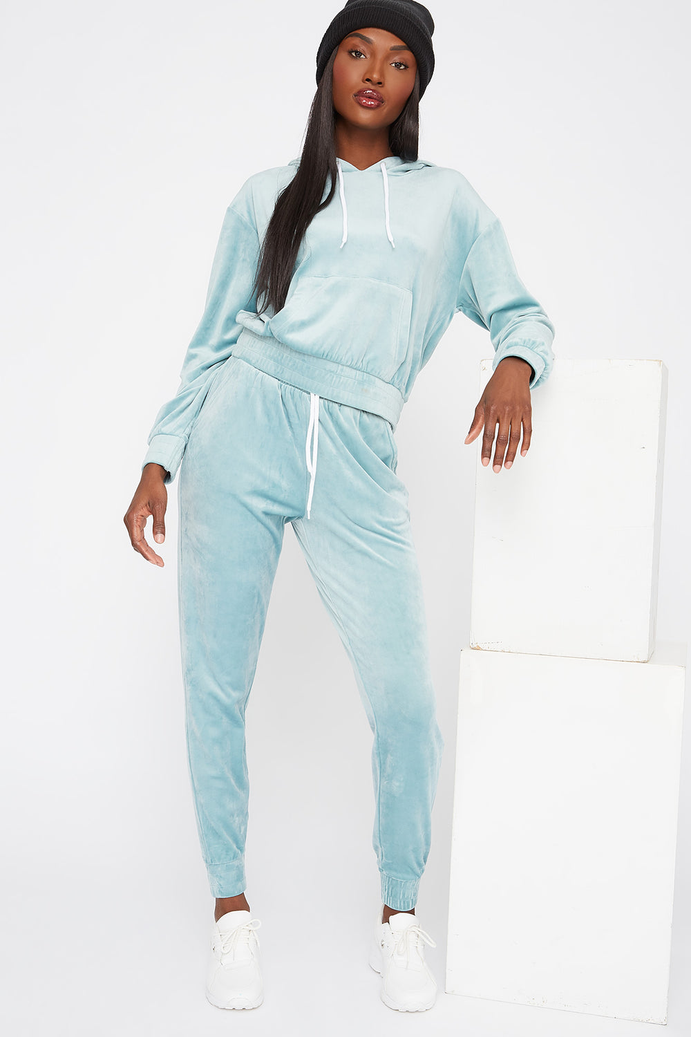 High-Rise Velour Jogger Blue