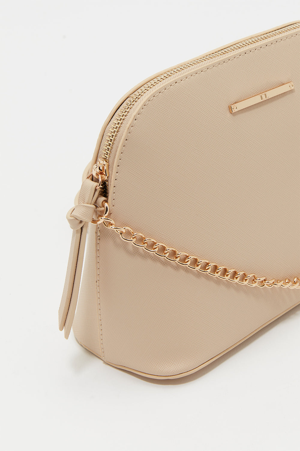 D-Shape Chain Strap Crossbody Bag Natural