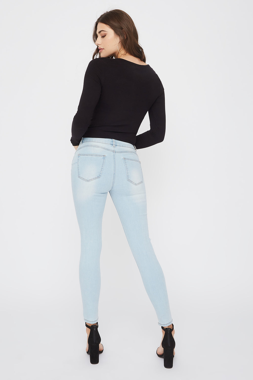 Low-Rise Push-Up Light Wash Distressed Skinny Jean Light Denim Blue