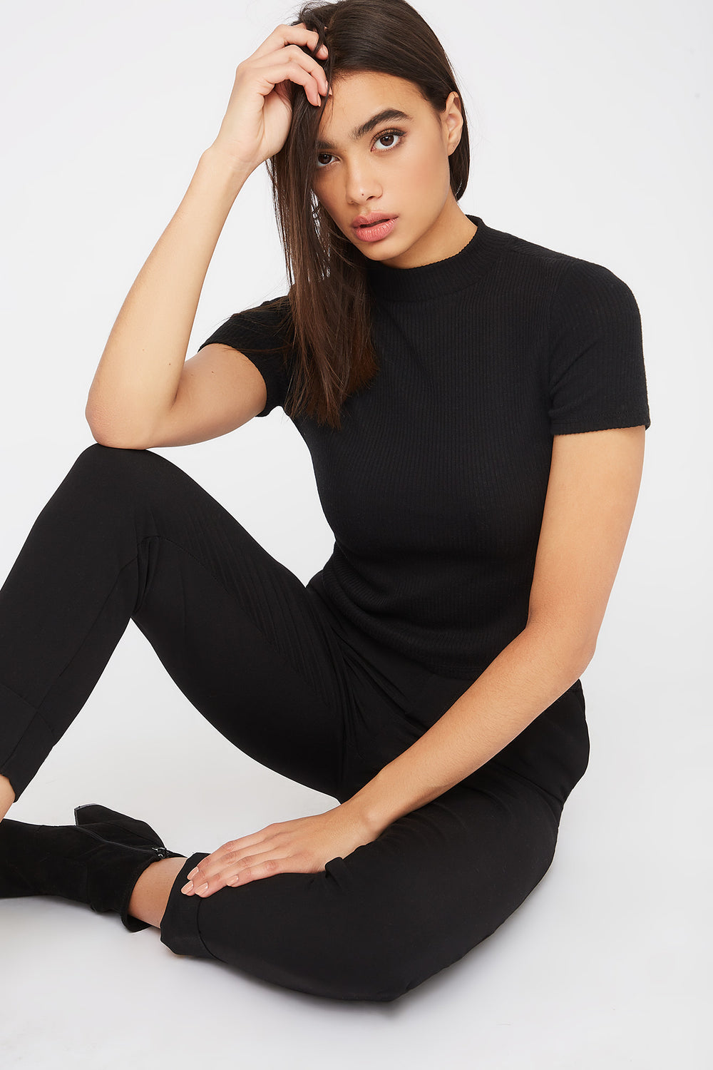 Ribbed Mock Neck T-Shirt Black