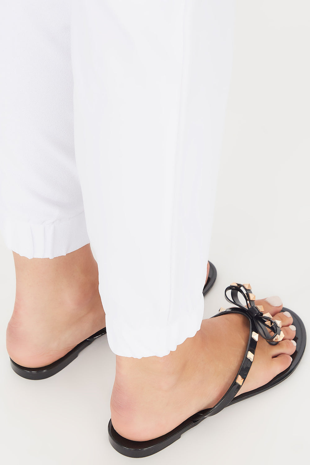 Studded Jelly Bow Thong Sandal Black