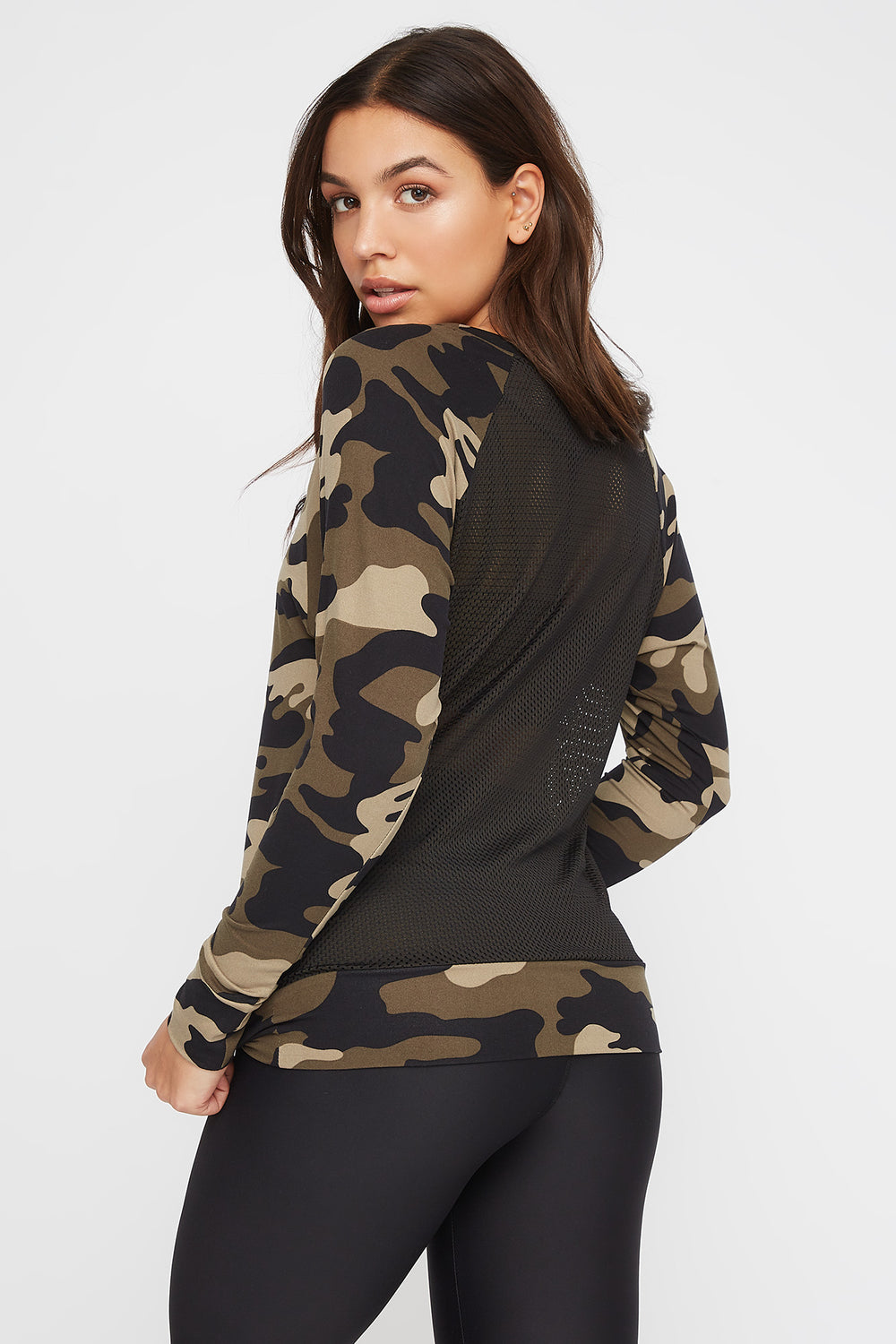 Soft Mesh Back Crewneck Active Long Sleeve Camouflage