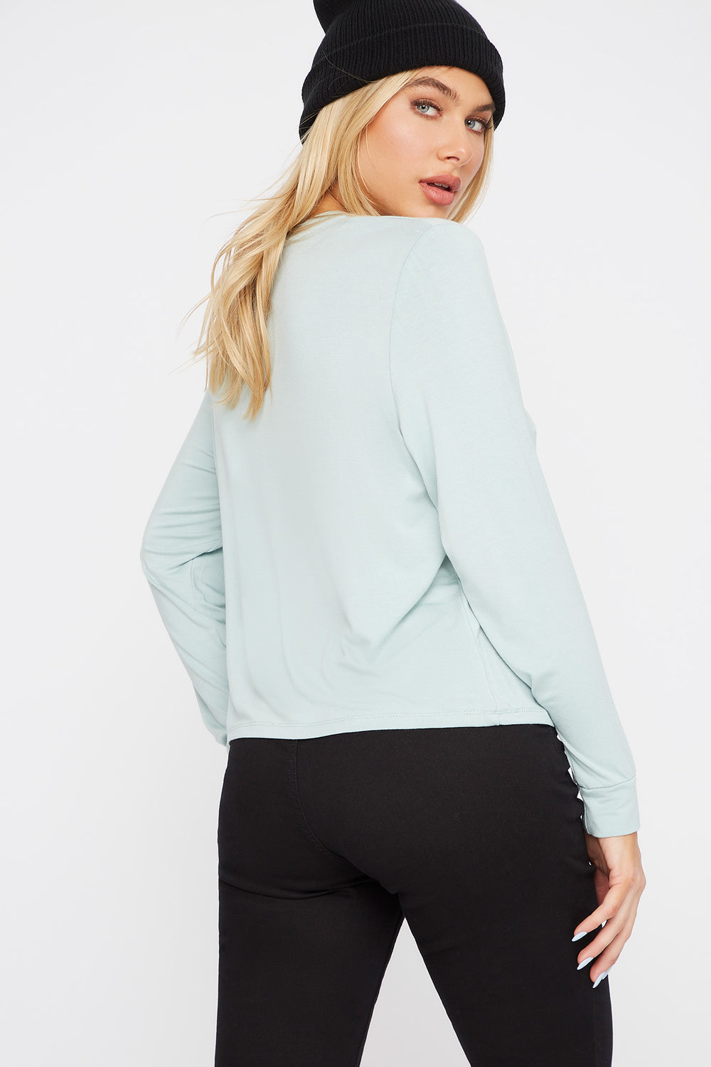 Scoop Neck Pocket Long Sleeve Natural