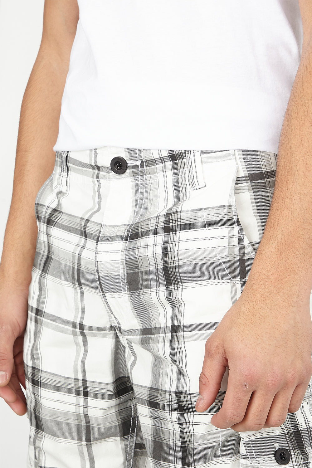 Plaid Cargo Short Black with White
