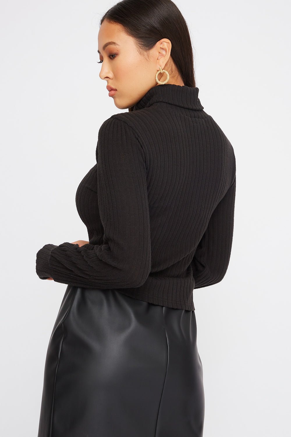 Turtleneck Puff Sleeve Sweater Black