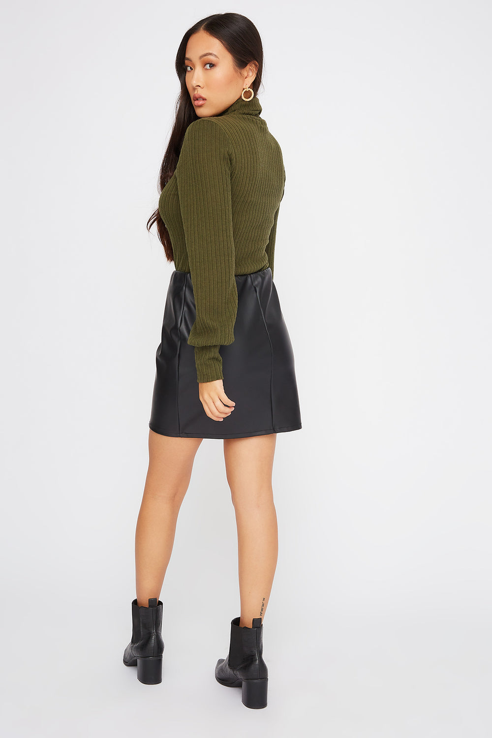 Turtleneck Puff Sleeve Sweater Green