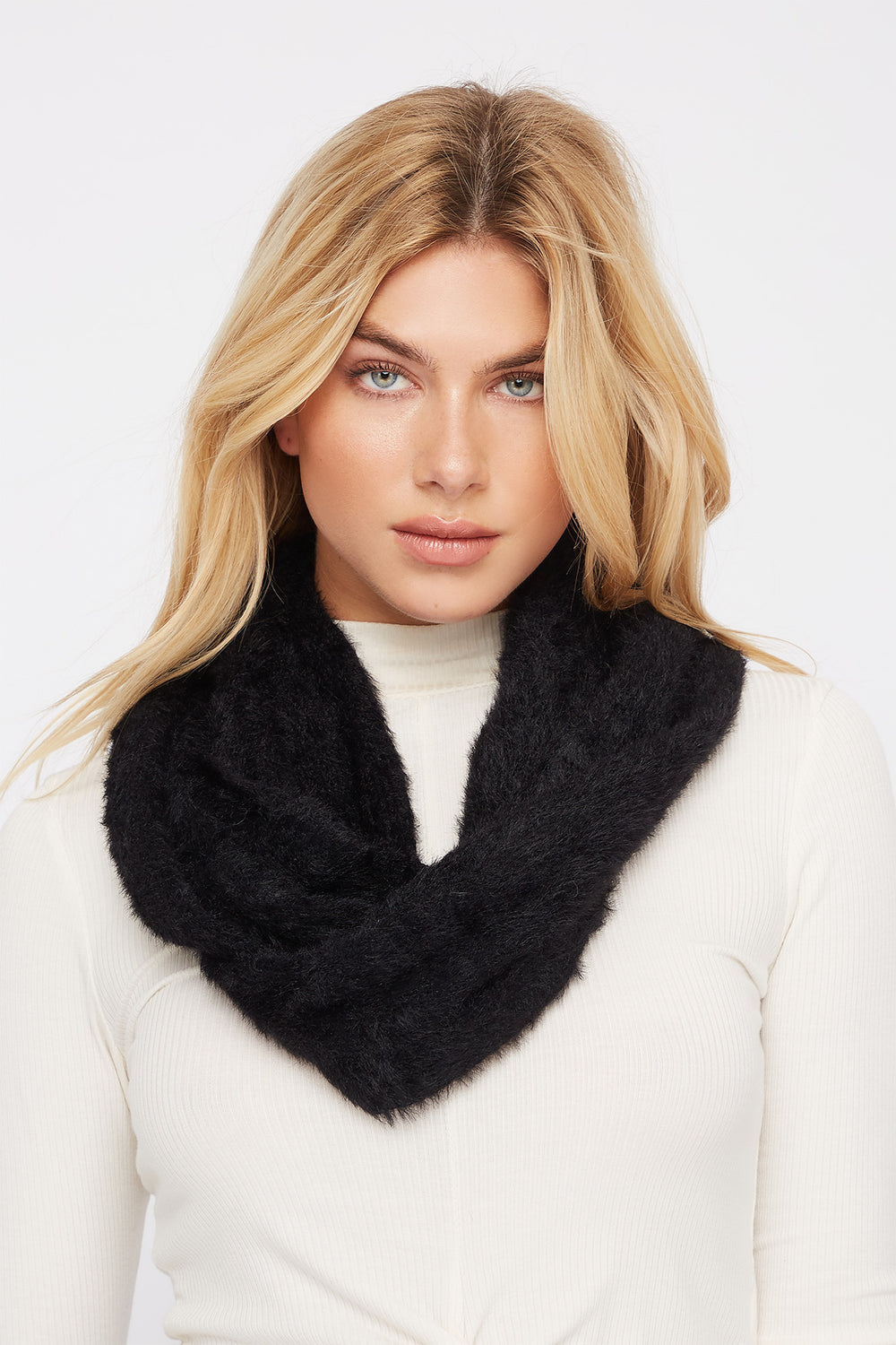 Brushed Infinity Scarf Black