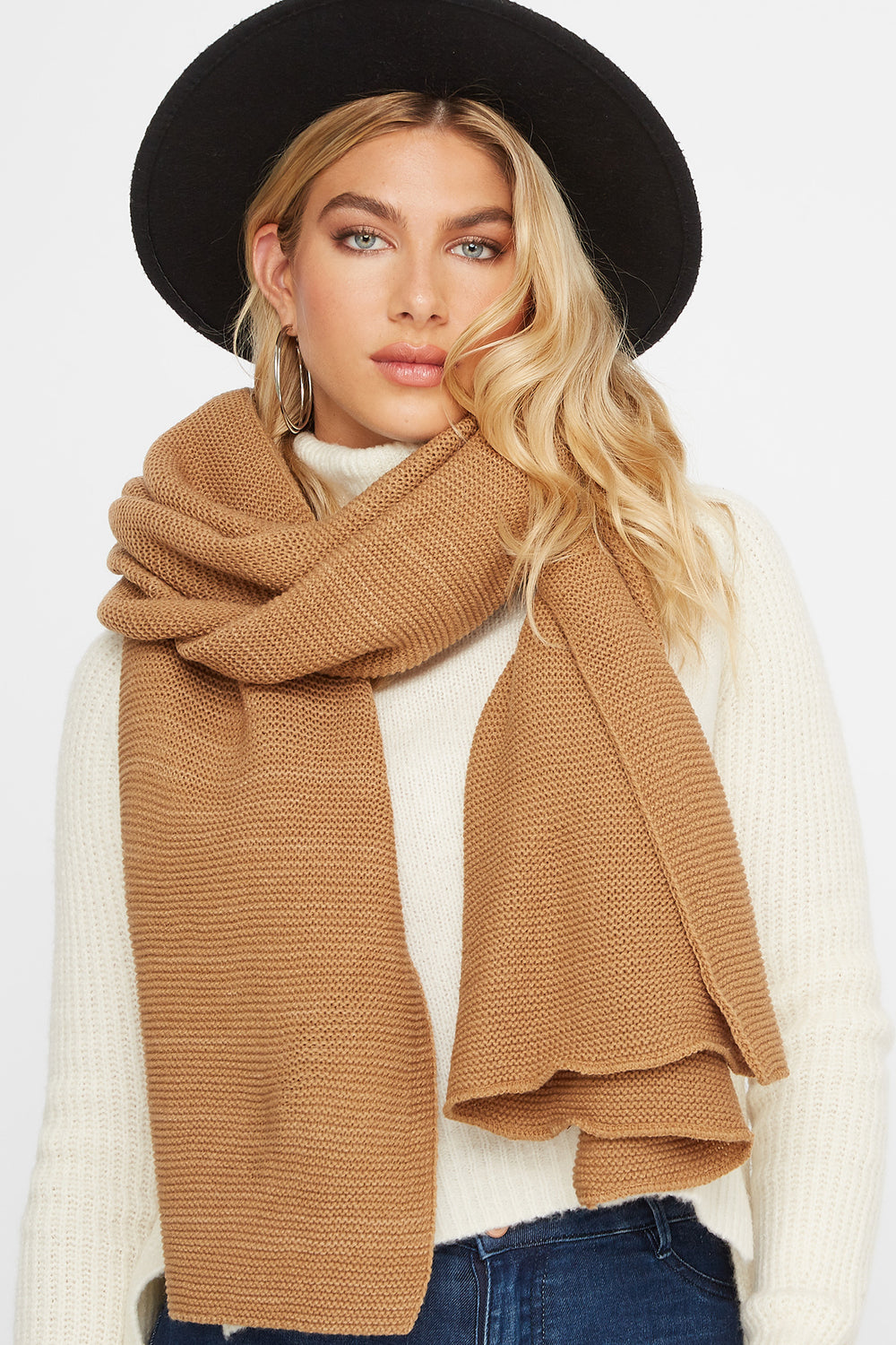 Knit Scarf Tan