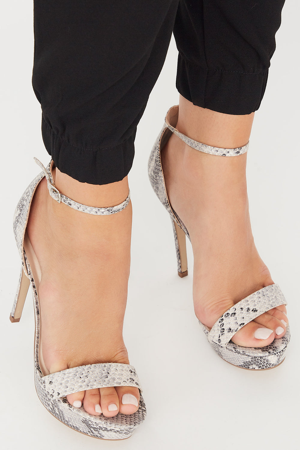 Open-Toe Platform Stiletto Heel Sandal Black with White