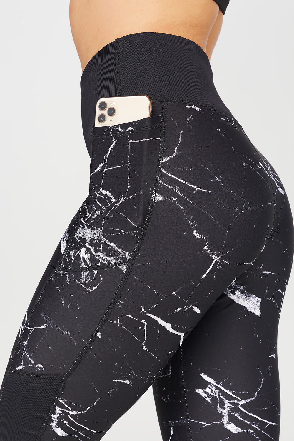 Marble High-Rise Dual Pocket Active Legging Black with White