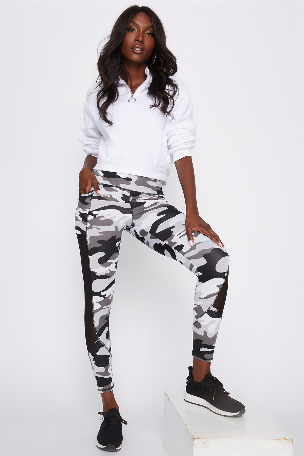 Infinite Mesh Side Active Legging Camouflage