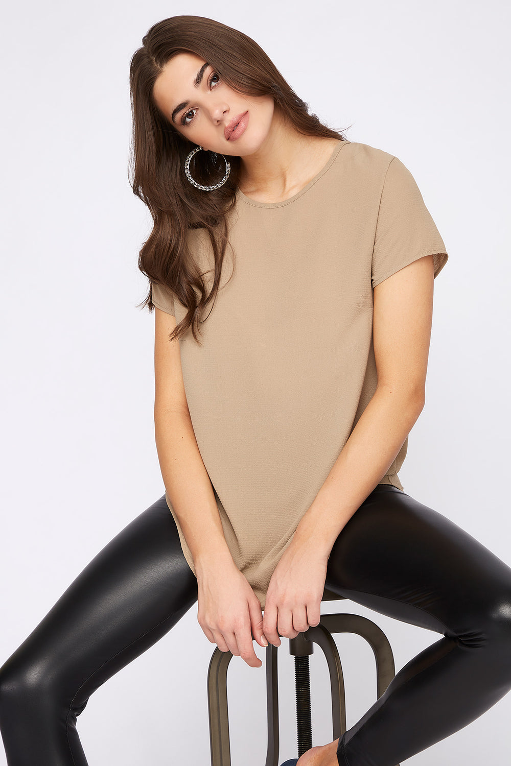 Crepe High-Low Zipper Back Blouse Taupe