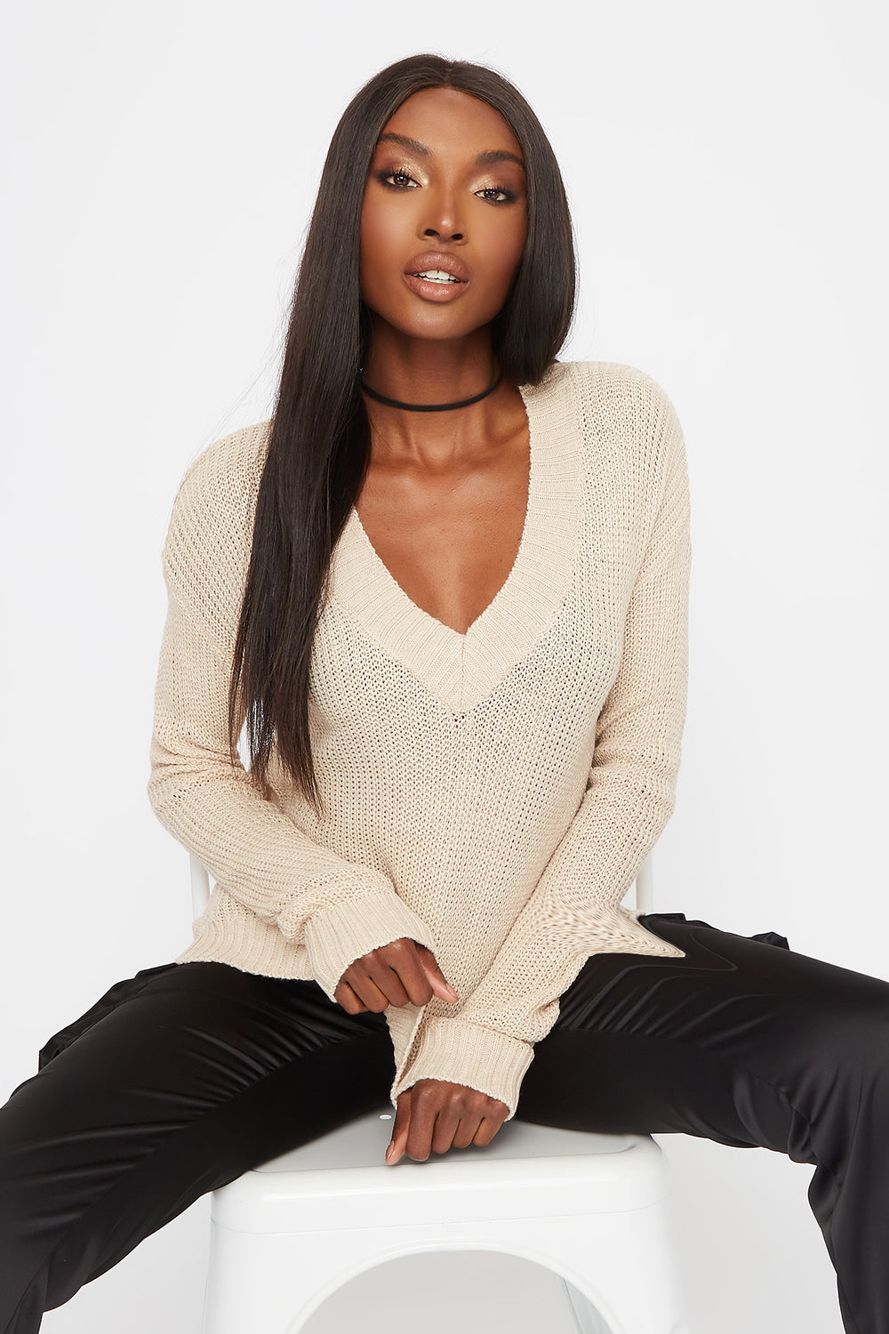 Boxy V-Neck Side Slit Cropped Sweater Oatmeal
