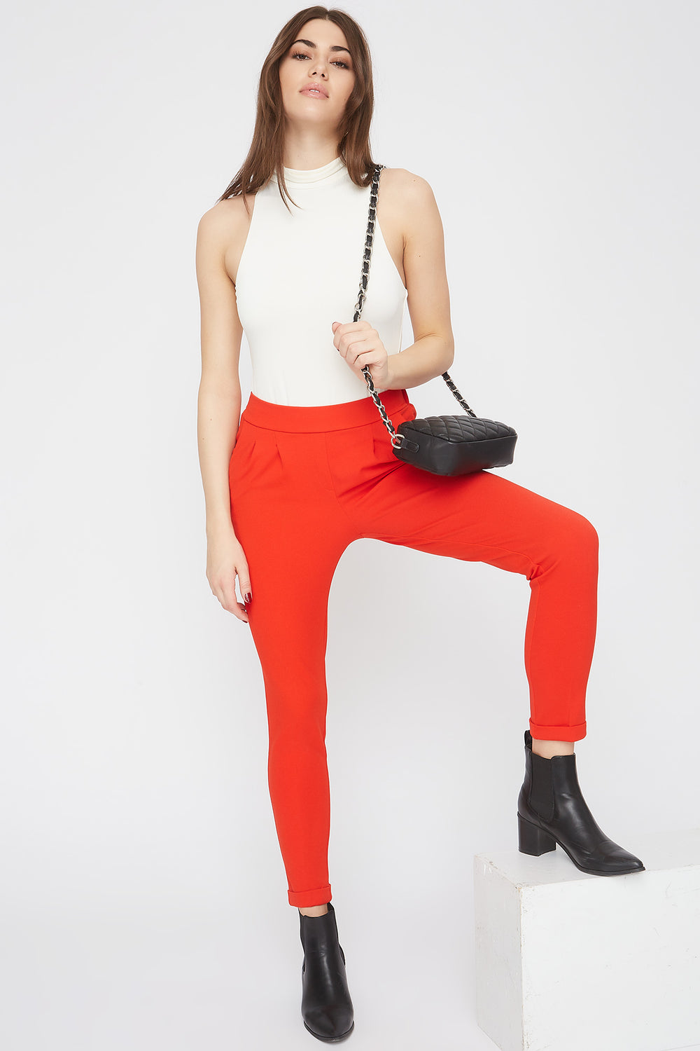 Cropped Crepe Pull-On Ankle Pant Red