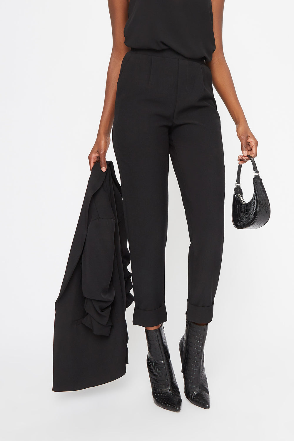 Cuffed Cropped Pant Black