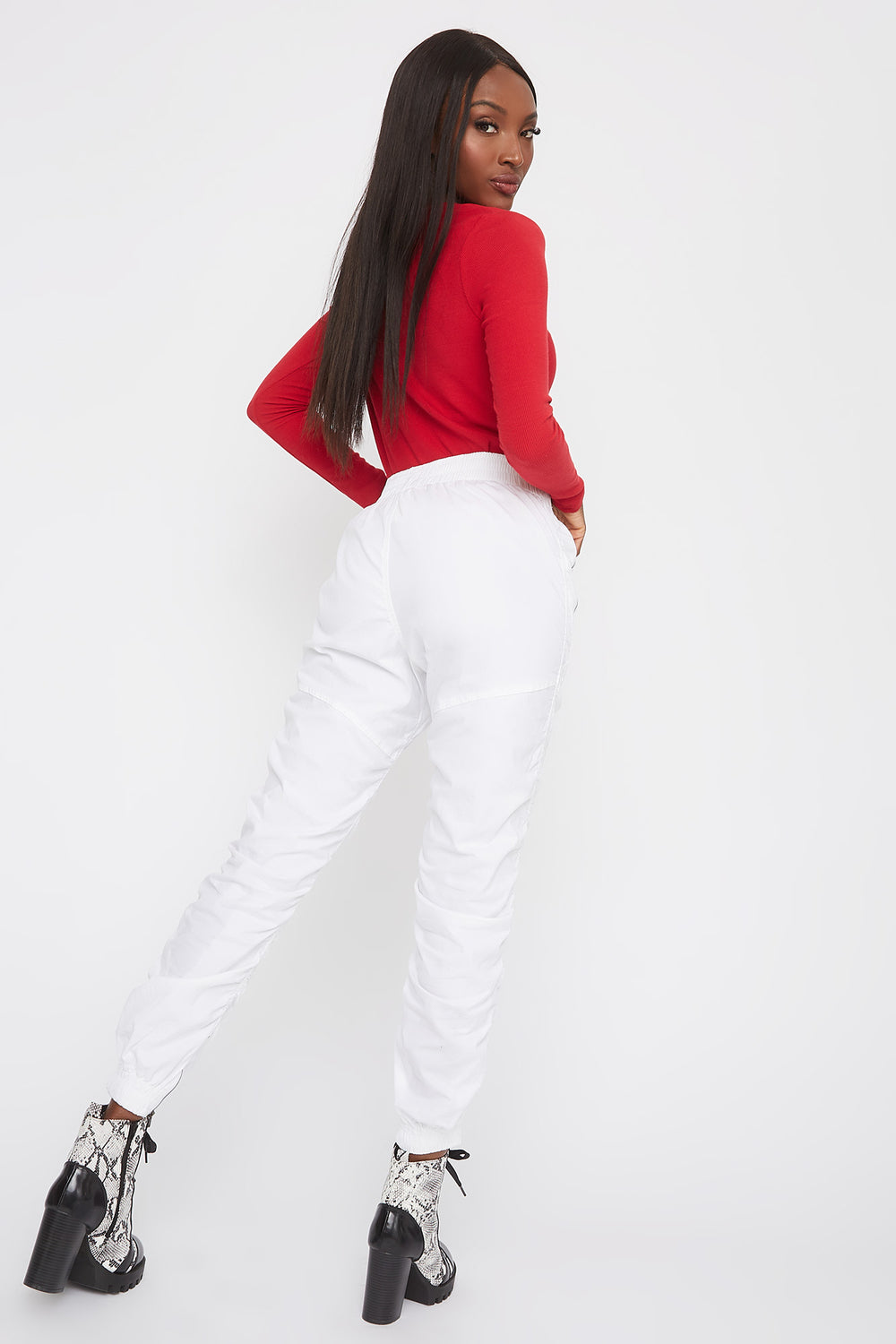 Ruched Zipper Jogger Ivory
