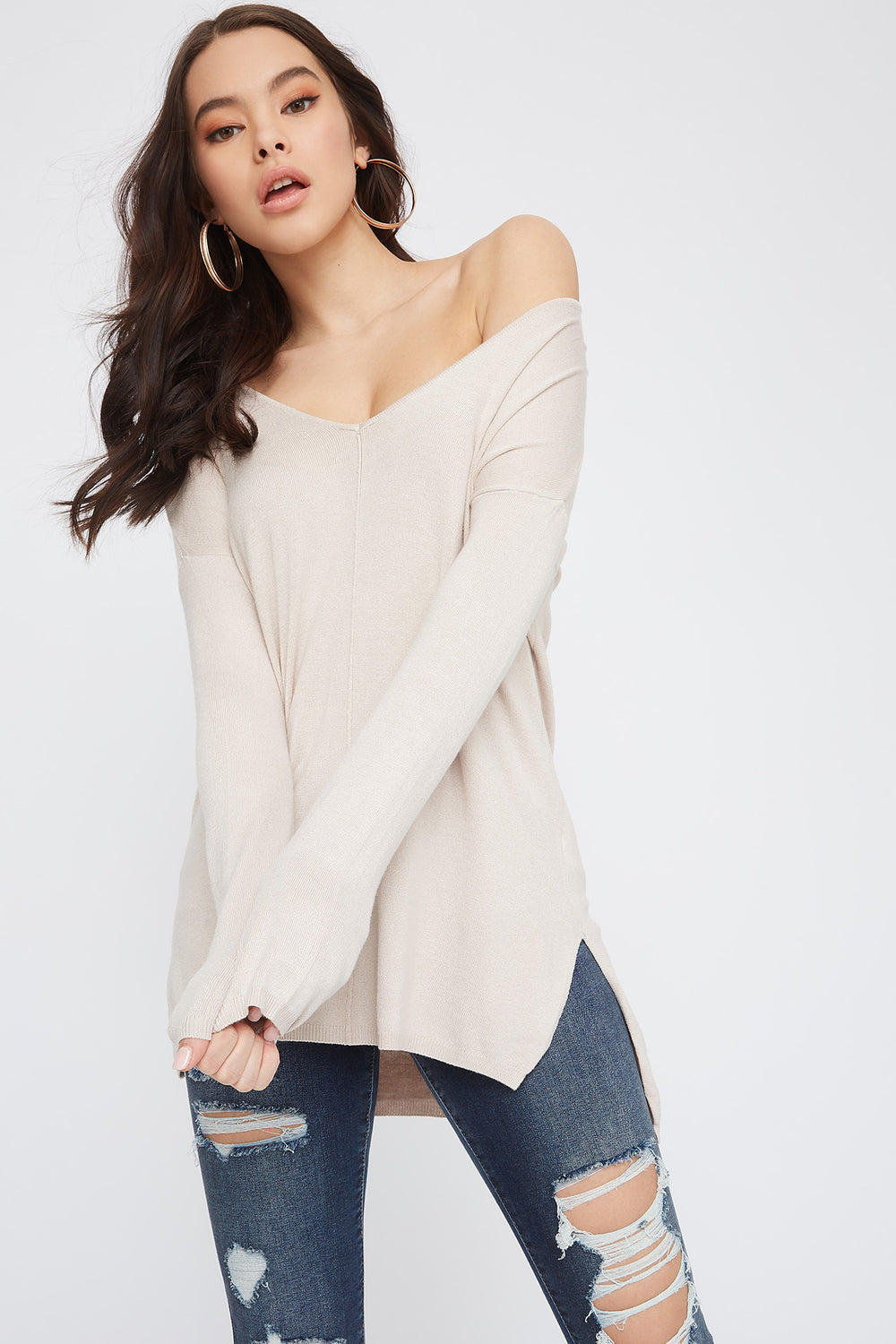 Knit V-Neck High-Low Long Sleeve Oatmeal