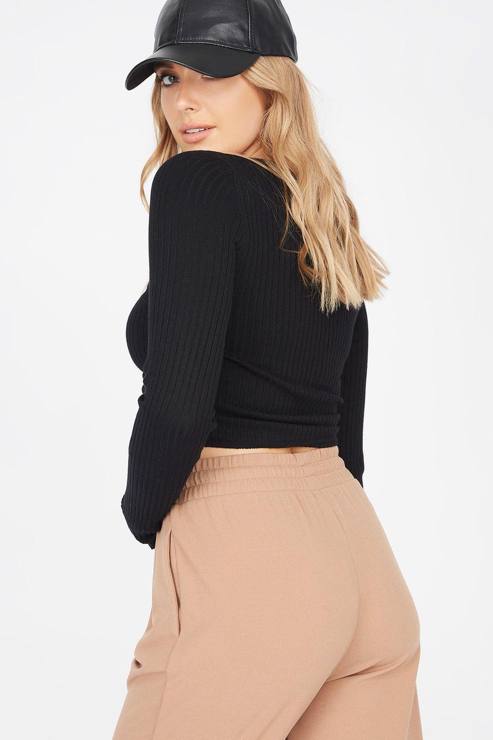 Ribbed V-Neck Ruched Front Sweater Black
