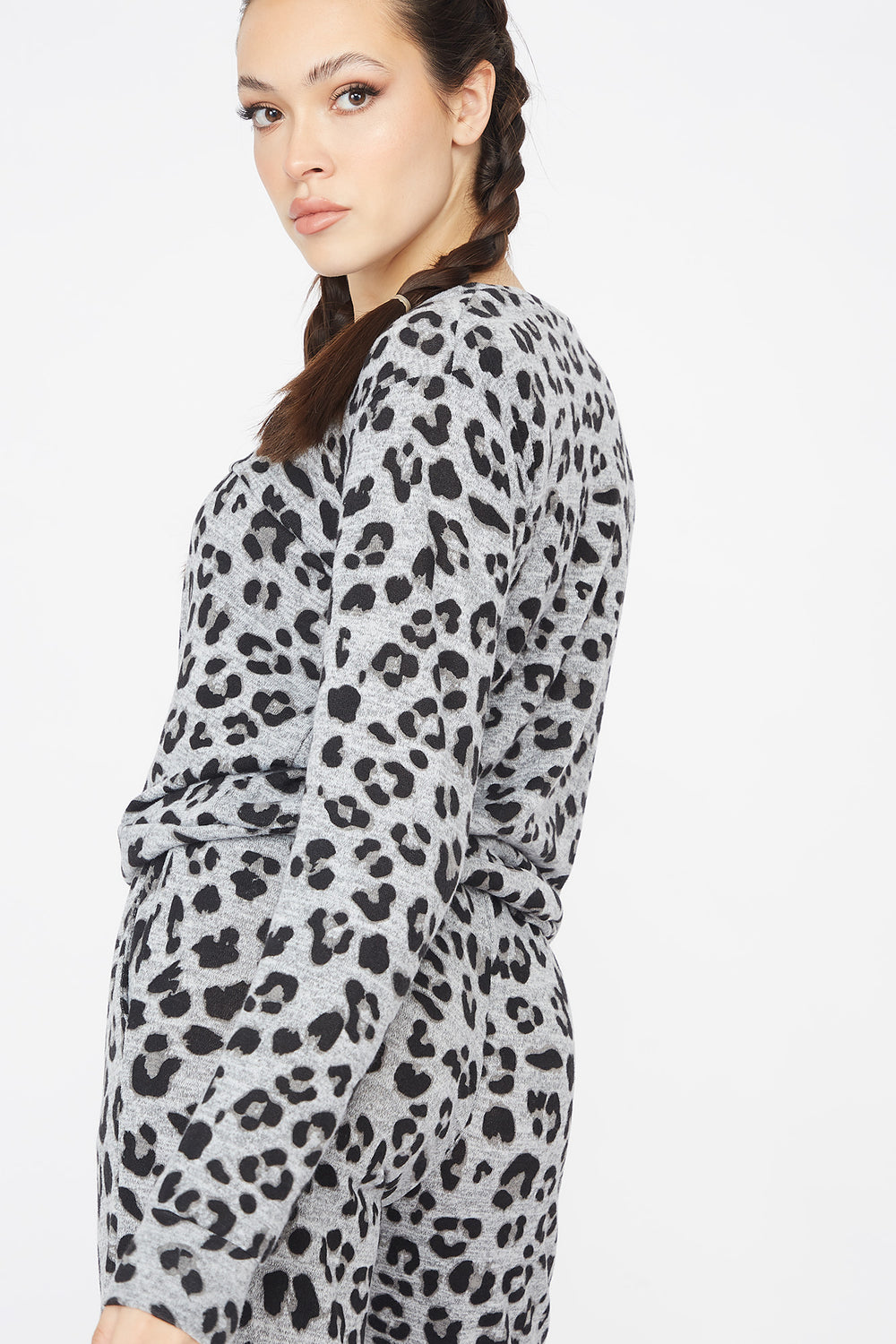 Leopard Printed Criss-Cross Hem Boyfriend Sweatshirt Black