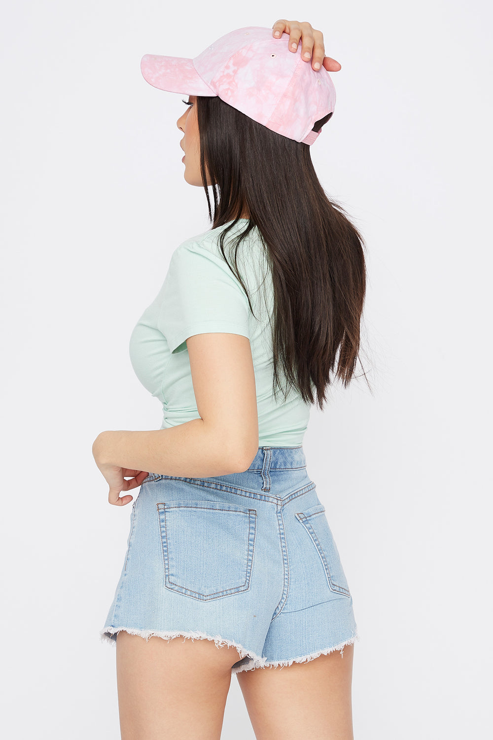 High-Rise Frayed Hem Denim Short Light Denim Blue