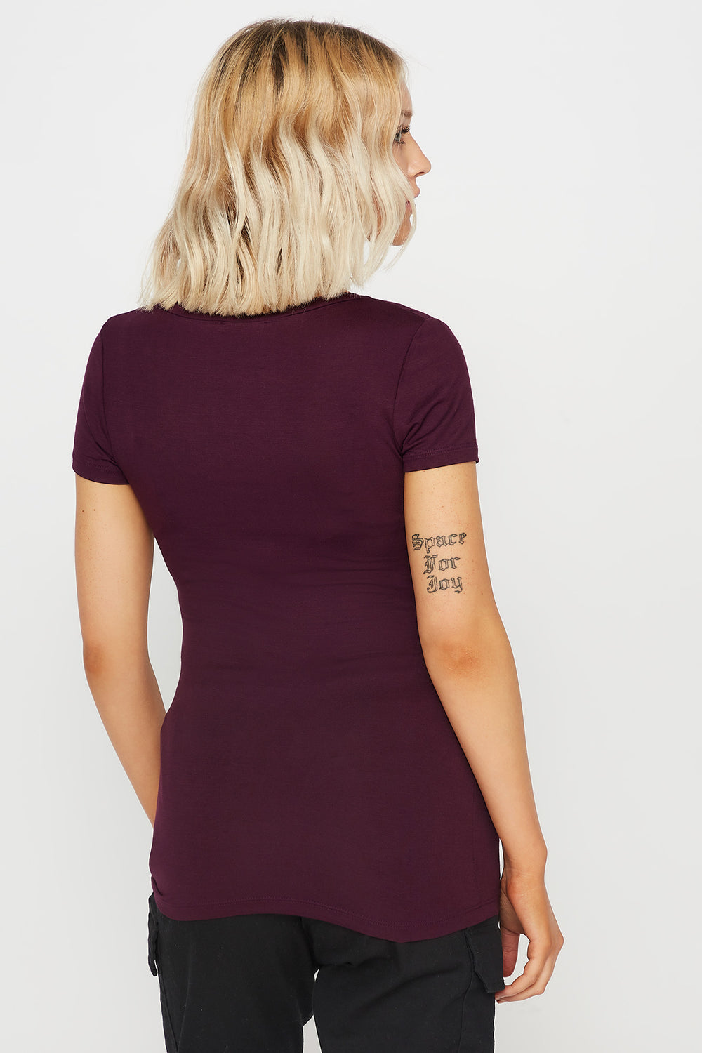 Basic V-Neck T-Shirt Plum