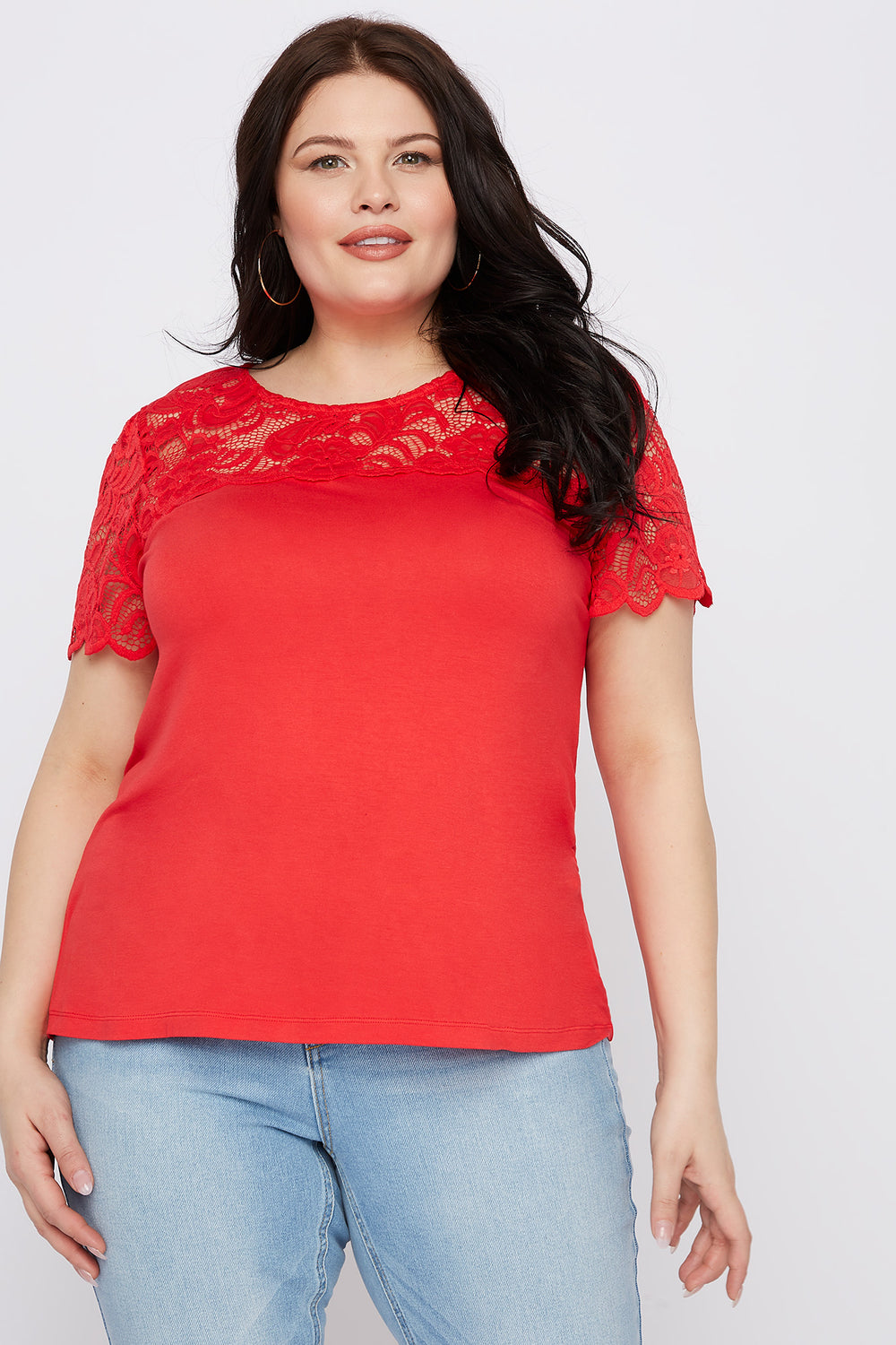 Plus Size Lace Sleeve Scallop T-Shirt Red