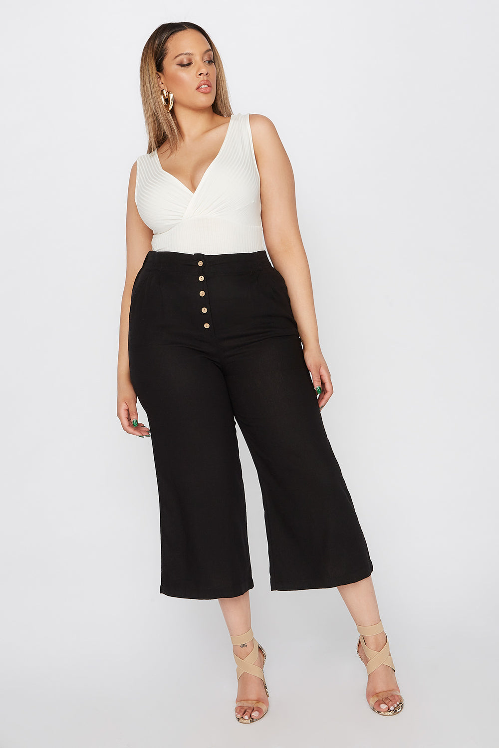 Plus Size Button-Up Linen Culotte Pant Black