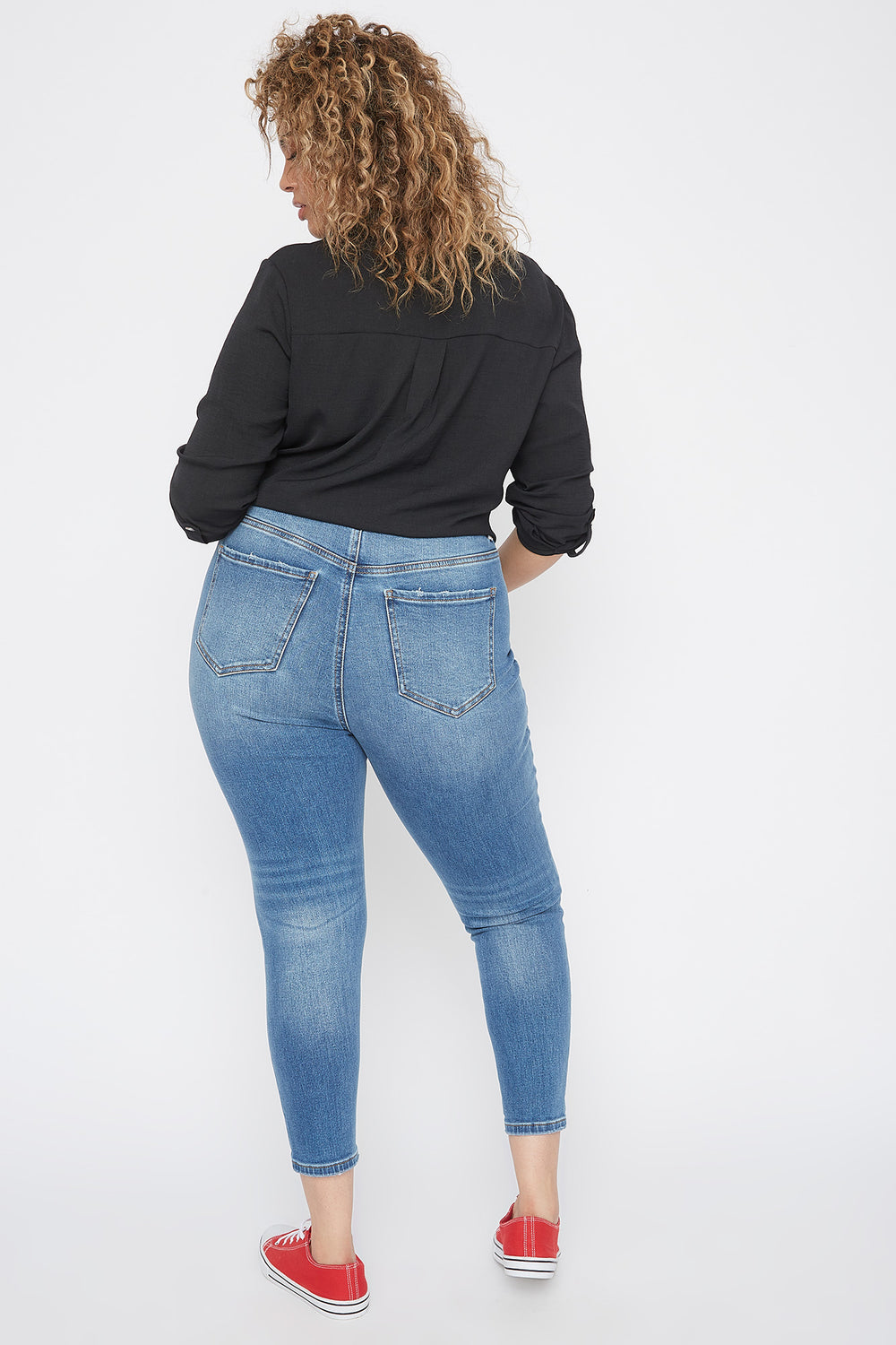 Plus Size High-Rise Distressed Knee Skinny Jean Medium Blue