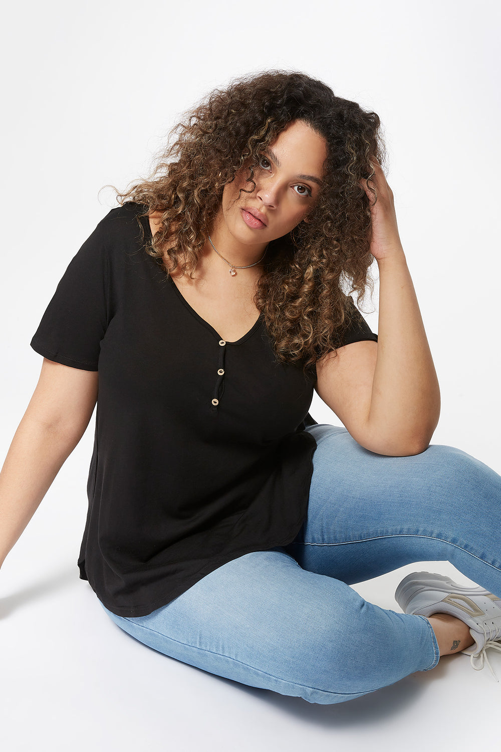 Plus Size Oversized Henley T-Shirt Black
